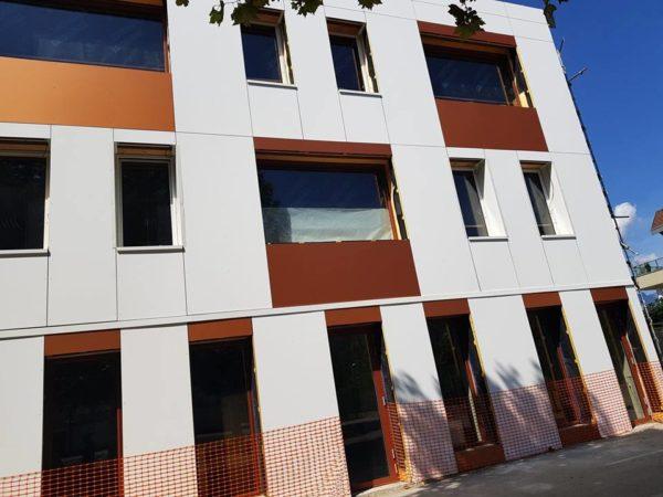 projet construit avec des blocs modulaires construction bois écologique