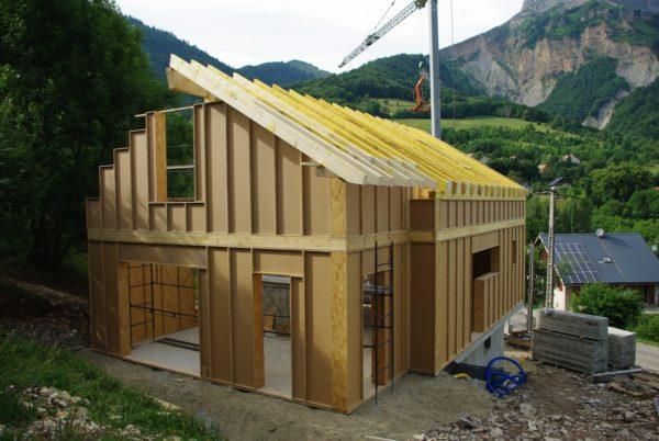 habitat thermique en altitude ossature bois blocs modulaires
