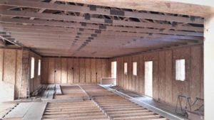 Maison toit fermettes