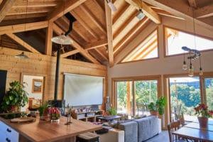 Intérieur maison bois haute Savoie